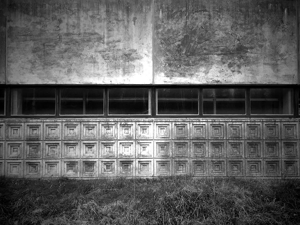 wall_Black